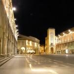Piazza_delle_Libertà_di_notte